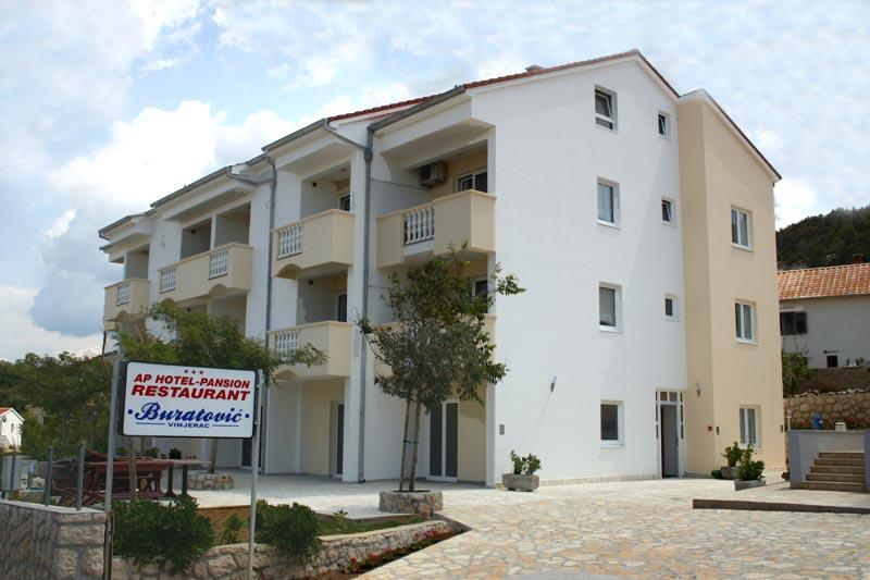 "Aparthotel ""Buratović"" Vinjerac"